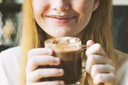 Ciocolata calda Neagra cu alune